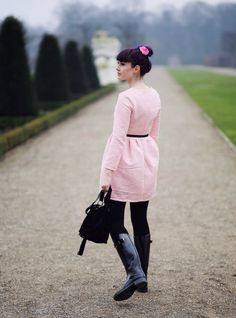 Fall Style, Fall Fashion, Autumn Outfit, Herbstlook, purple hair, Fashion Blog, Rubber Boots, How to style Rubber Boots, Festival Look, pastel pink, pink dress