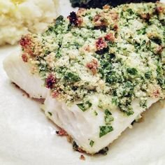 Gluten-Free Parsley and Almond-Crusted Halibut Recipe
