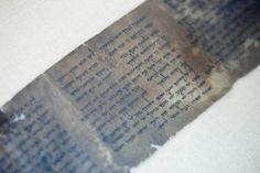 Exhiben ejemplar m�s antiguo de los 10 Mandamientos