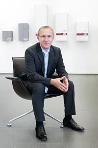 Solar Novus Today spoke with Martin Hackl, Fronius Solar Electronics Division Manager about Fronius' strategy, new products and the future of fuel cell technology.