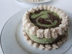 Mini Raw vegan Chocolate Mint Swirled Cheesecake @FragrantVanillaCake