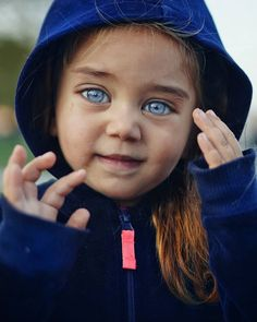Beautiful Eyes Color, Beautiful Little Girls, Stunning Eyes, Pretty Eyes, Cool Eyes, Amazing Eyes, Blue Hazel Eyes, Baby Eyes, Extraordinary People