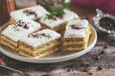 »HOZZÁVALÓK« Tészta : - 30 dkg liszt, csipet só, 6 dkg cukor, 10 g szalalkáli, 1 ek zsír, 1 tojás, kb 1 , 5 dl presszó k... Hungarian Desserts, Winter Food, Tiramisu, Ham, Waffles, Food And Drink, Healthy Recipes, Drink Recipes, Healthy Meals