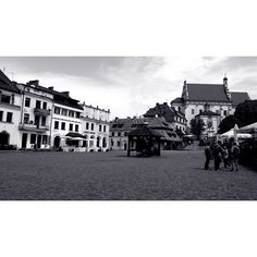 #kazimierzdolny #Poland #trip #architecture #oldarchitecture #historicaltown #history #blackandwhite #sightseeing #beautiful #town#instagood #photoshoot