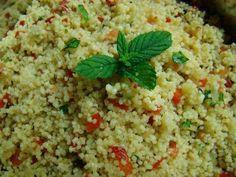 Taboulé, ou Taboulet méridionnal L'origine du taboulé est Moyen Oriental, plus spécialement du Liban Notre ami Sathen en fait d'ailleurs l'éloge http://www.sahten.com/?2006/03/10/taboule-libanais La recette ci-dessous et une version méridionnale de ce...