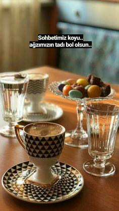 V60 Coffee, Coffee Mugs, Coffee Maker, Tea Cafe, Wallpaper Space, Turkish Coffee, Mini Tattoos, Coffee Love, Coffee Quotes