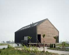 Cabin House - Modern Living - Minimal Interior - Natural Materials