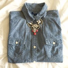 "chambray button up. classic mini polka dot chambray button up from Old Navy.  adorable!  approximately 24"" from shoulder to hem, 17"" from pit to pit.  worn a few times, perfect condition!  size s. Old Navy Tops Button Down Shirts"