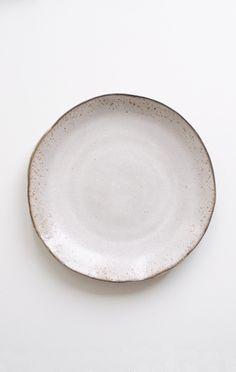 AKIKO GRAHAM DINNER PLATE