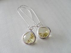 CITRINE Pale Yellow Drop EARRINGS // Faceted