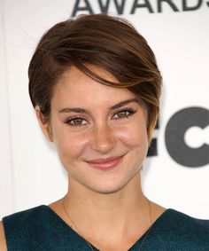 Shailene Woodley Hairstyle - Short Straight Casual - Medium Brunette. Click on the image to try on this hairstyle and view styling steps!