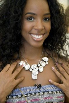 Kelly Rowland in Martine Wester Necklace