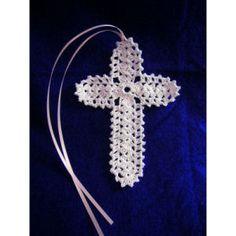 Shell Stitch Cross Bookmark - A free Crochet pattern from Julie A Bolduc. Crochet Bookmark Pattern, Crochet Bookmarks, Crochet Flower Patterns, Crochet Motif, Crochet Doilies, Crochet Flowers, Free Crochet, Crochet Angels, Crochet Cross