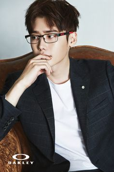 Lee Jong Suk proves glasses are sexy in photo shoot for Oakley