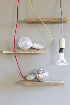 Lovely composition with Plumen 001. Oggetto » Screw Light Bulb - Plumen