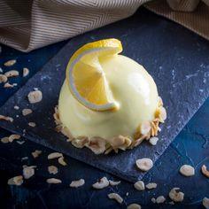Πανεύκολη μους λεμόνι με γιαούρτι και μπισκότα -Το δροσερό επιδόρπιο που φτιάχνεται στο λεπτό | BOVARY Italian Desserts, Easy Desserts, Limoncello, Biscotti, Oreo, Pudding, Ice Cream, Sweets, Breakfast