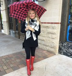 """""""Rainy day If you haven't noticed I'm obsessed with this sweater & it's on sale ❤️❤️ shop this look via: Cute Rainy Day Outfits, Rainy Day Outfit For Work, Winter Outfits For Work, Spring Outfits, Outfit Of The Day, Rainy Outfit, Nordic Walking, Outfits Casual, Cute Outfits"""