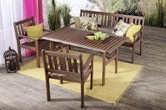 Selkänojallinen penkki, 2 tuolia ja pöytä. Sohvan leveys 159 cm, pöytä 70x140 cm. Pähkinänväriseksi petsattua mäntyä