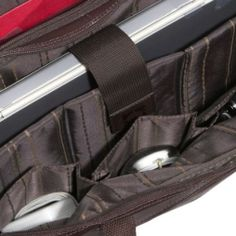 """material: piele de bovina; calitate: COMLUMBIAN leather (o piele deosebit de catifelata), culoare : maro ; una bucata; pret: 900RON descriere:  Fata Exterior; include un mic buzunar cu fermoar si unul mai mare, are buzunar cu fermoar care include un organizator Compartimentul fata beneficiaza de trei buzunare căptușite și un locas pt computer,  căptușit; pentru a se potrivi pentru laptopuri de 17 """" descrie..."""