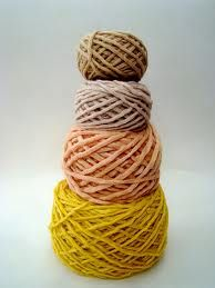SO BEAUTIFUL yarn dyed with coffee, rose petals, beets and tumeric // photo by vickie howell http://petitepurls.com/