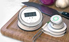 These Bluetooth® Smart cooking thermometers alert you on your mobile device when your food is ready, taking the stress out of creating culinary masterpieces for simple, everyday cooking.