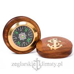 Brass compass http://zeglarskieklimaty.pl/eleganckie-drewno-i-mosiadz/135-kompas-w-pudelku-.html