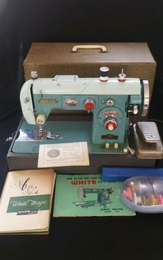 Vintage White Disc O Matic Sewing Machine 672 Metal Strength