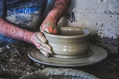 usai walter, galinelle terracotta, ceramiche assemini, ceramica sardegna, artigiano assemini, Cerasarda complementi d'arredo, ceramica sarda,ceramiche artistiche di sardegna,ceramiche sarde,ceramica artistica cagliari,arte ceramicaArte classica - usai walter, galinelle terracotta, ceramiche assemini, ceramica sardegna, artigiano assemini, Cerasarda complementi d'arredo, ceramica sarda,ceramiche artistiche di sardegna,ceramiche sarde,ceramica artistica cagliari,arte ceramica