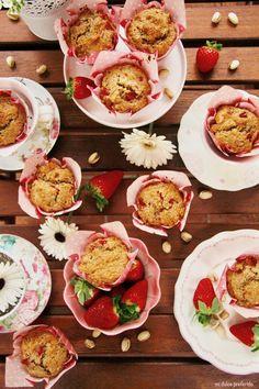 Muffins de fresas, pistacho y chía