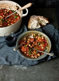 Spicy Chorizo, Red Capsicum, Tomato and Mixed Bean Stew by What Katie Ate Chorizo And Bean Stew, Chorizo Sausage, What Katie Ate, Bean Varieties, Chowder Recipes, Food Is Fuel, Roasted Tomatoes, Soup And Salad, Recipes
