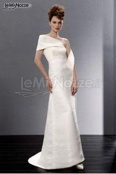 http://www.lemienozze.it/gallerie/foto-abiti-da-sposa/img25025.html Abito da sposa dalle linee geomentriche