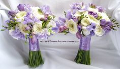 Rannunculus, Purple sweetpea & freesia bouquet