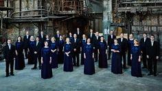 Камерный хор Эстонской филармонии (Eesti Filharmoonia Kammerkoor) – профессиональный хор из Таллинна, Эстония, один из самых известных в мире музыкальных коллективов страны.  Хор был основан в 1981 году Тыну Кальюсте, занимавшим пост художественного руководителя и главного д�