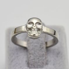 • Silver Skull Ring • • GET 1 FREE (item worth up to $15) WHEN YOU PURCHASE $25 after discount! •  A great gift for yourself or loved one! Made of zinc alloy. Color may be slightly different from the actual item due to the lighting. Bundle and save! :)  • gives discount on bundles • • 30% off for return customers • • ships the next day • • feel free to make a reasonable offer • Jewelry Rings