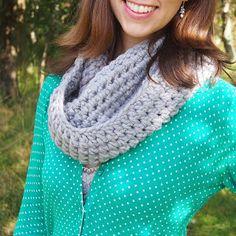Adventures of City Girl, Country Girl  Ta Da  Beginners crochet snood e0fa4f940d7