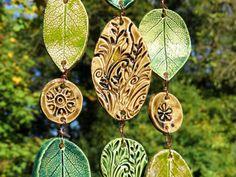 Keramik Windspiel Klangspiel mit Treibholz Blätter von gedemuck