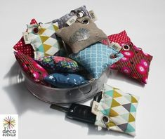 Visible chez deco avenue - my diy tips. Diy And Crafts Sewing, Crafts For Girls, Couture Main, Mobiles, Crochet Christmas Gifts, Diy Christmas, Suit Card, Lavender Bags, Lavander
