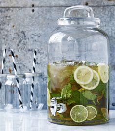Fontaine à boisson en verre transparent 8,5 L House Doctor