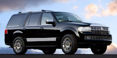 2011 LINCOLN Navigator  Luxury, space, towing capacity.