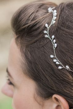Handmade designer pearl and silver Lily Hairvine