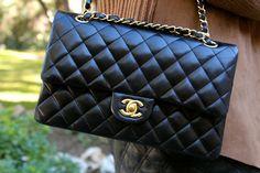 Fashion and Style Blog / Blog de Moda . Post: Sales : Black & Brown / Marrón y negro .More pictures on/ Más fotos en : http://www.ohmylooks.com/?p=26418 .Llevo/I wear:  Jacket / Chaqueta : Stradivarius ; Skirt / Falda : Zara (old) ; Necklace / Collar : Uterqüe ; Bag/Bolso : Chanel ; Sunglasses / Gafas de sol : SteamRoller ; Shoes / Zapatos : Pilar Burgos
