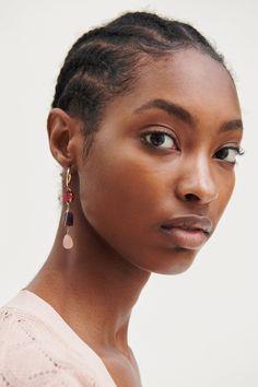 ZARA - Female - Beaded hoop earrings - Golden - M Tiny Stud Earrings, Simple Earrings, Pendant Earrings, Crystal Earrings, Hoop Earrings, Diamond Earrings, Diamond Studs, Gold Bridal Earrings, Vintage Earrings