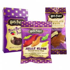 Harry Potter™ fans delight! Harry Potter fans will love this delicious milk chocolate frog with crisped rice. Each one comes with a collectible wizard card. There are 16 cards in total – collect them