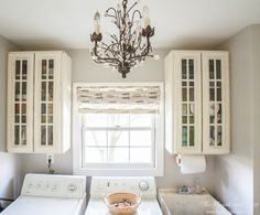 Beautiful laundry room on a budget, part of Operation: Organization Back to School. Easy and affordable ideas to get organized for Fall.
