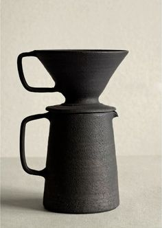 Takeshi Omura; Ceramic Pour-Over Coffee Pot, 2013. Ceramic Tableware, Kitchenware, Ceramic Pottery, Ceramic Art, Ceramic Tools, Earthenware, Stoneware, Coffee Dripper, Objet D'art