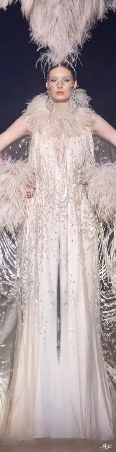 Spring 2021 Haute Couture Elie Saab Elie Saab Couture, Ellie Saab, Fashion Sketches, Headdress, Beautiful Dresses, Ready To Wear, Spring, How To Wear, Fashion Design