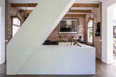 'Railway House mieści się w Santpoort w Holandii. Proj. Jeroen van Zwetselaar, ZW6. Fot. Cornbread Works'