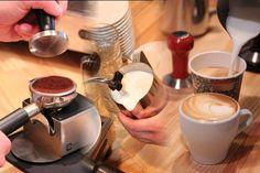 Kaffee richtig zuzubereiten - besuchen Sie einen intensiv Barista-Kurs!