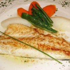 Aprende a preparar filete de pescado a la plancha con esta rica y fácil receta. Si estas buscando una receta de pescado a la plancha que te sirva para preparar un...