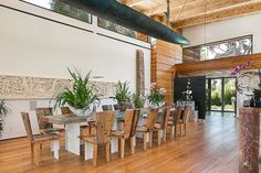 $12.75m 341 Channel Santa Monica California | Hilton Hyland Luxury Dining Room, Dining Rooms, Santa Monica California, Expensive Houses, Best Dining, Luxury Real Estate, Great Rooms, Cool Kitchens, Homesteading